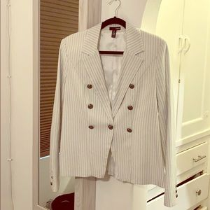 AQUA by Bloomingdales striped jacket white lining